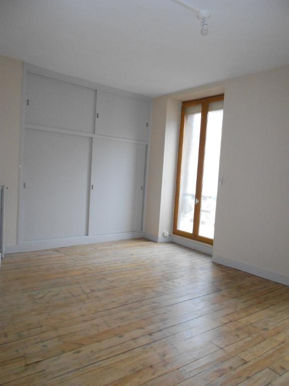 Location appartement Nogent sur seine 505€ CC - Photo 4