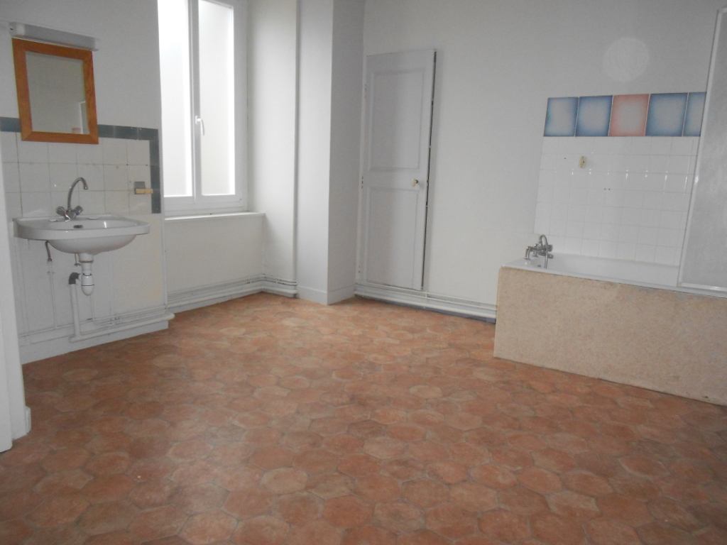 Location appartement Nogent sur seine 505€ CC - Photo 7