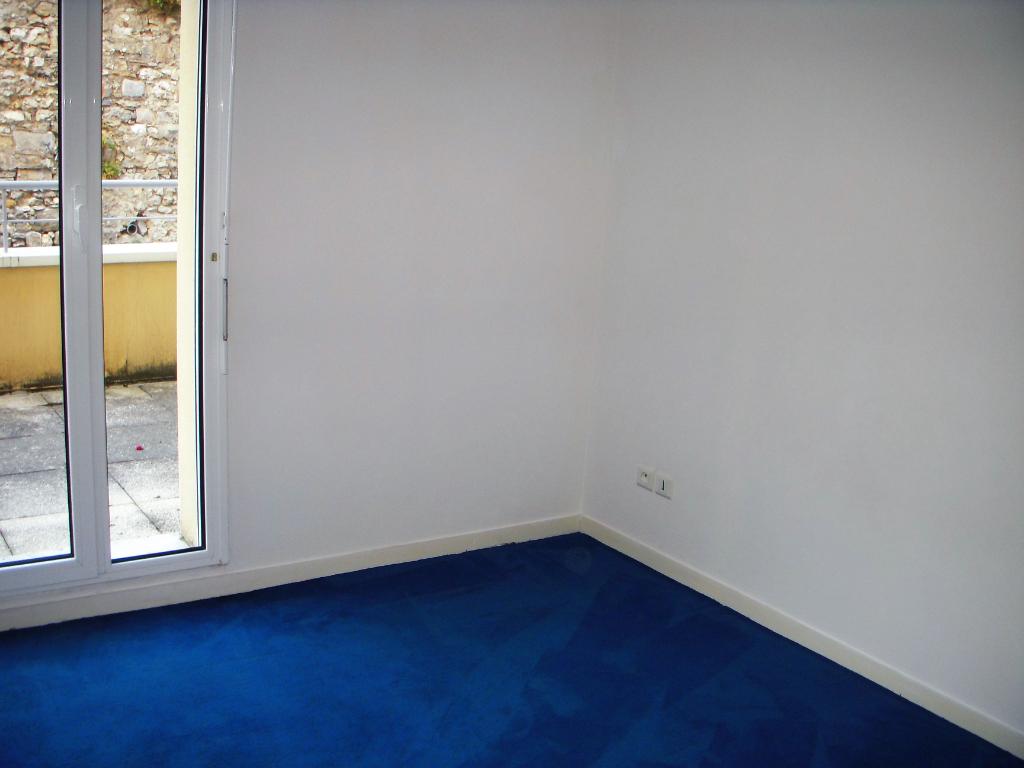 Rental apartment Montereau fault yonne 634€ CC - Picture 4