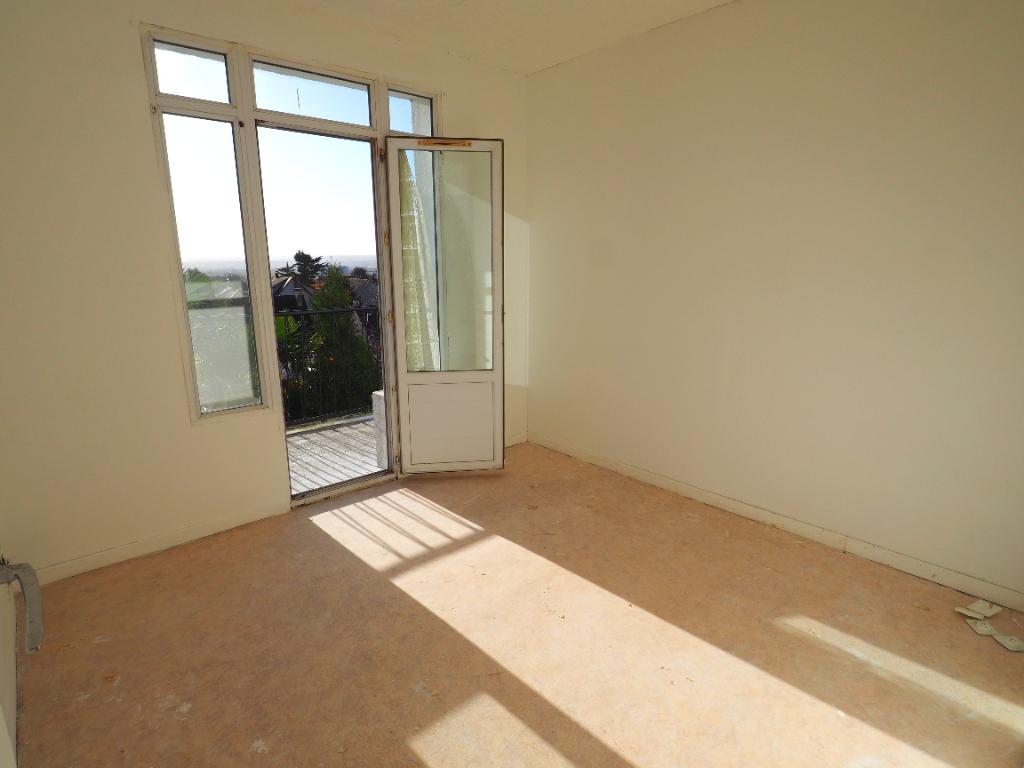 Sale apartment Chanteloup les vignes 110000€ - Picture 6