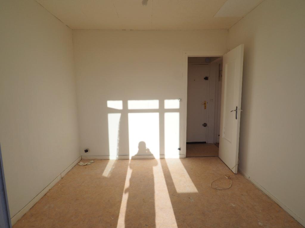 Sale apartment Chanteloup les vignes 110000€ - Picture 8