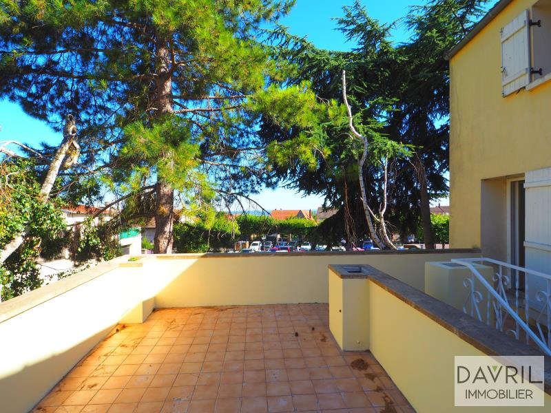 Revenda casa Chanteloup les vignes 239500€ - Fotografia 14