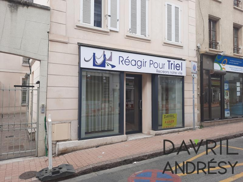 Rental office Triel sur seine 1 040€ HC - Picture 1