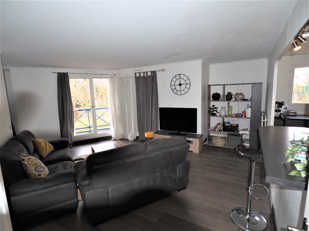 Sale apartment Ermont 215000€ - Picture 2