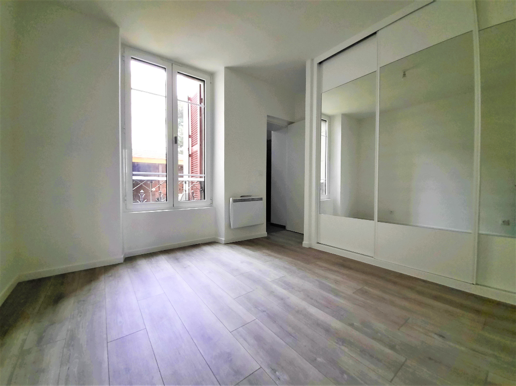 Location appartement Poissy 780€ CC - Photo 2