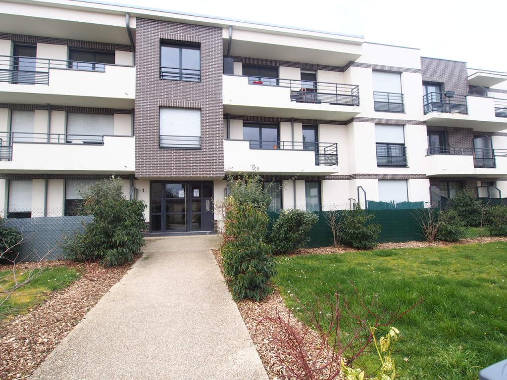 Sale apartment Conflans sainte honorine 168700€ - Picture 1