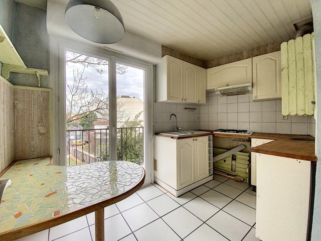 Sale apartment Pau 118279€ - Picture 1