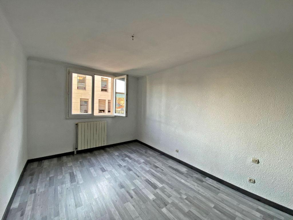 Sale apartment Beziers 160000€ - Picture 3