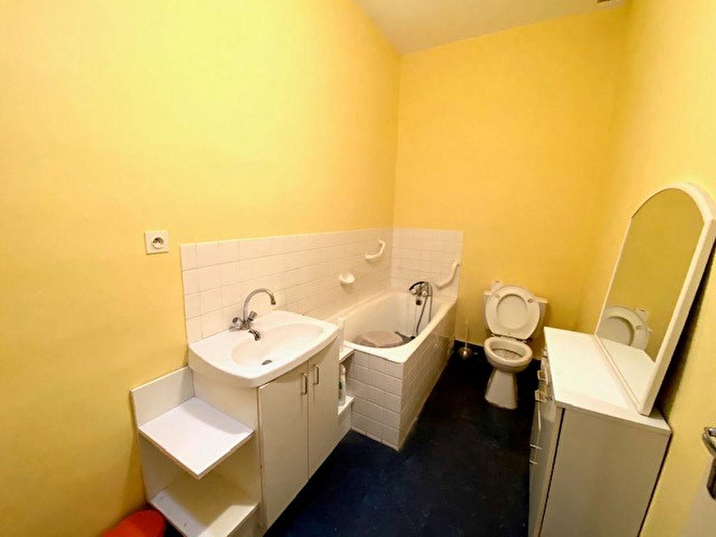Sale apartment Beziers 76000€ - Picture 6
