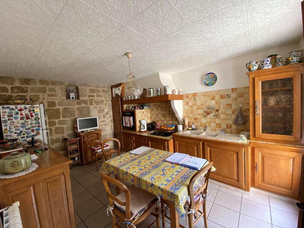 Sale house / villa Lespignan 147000€ - Picture 2
