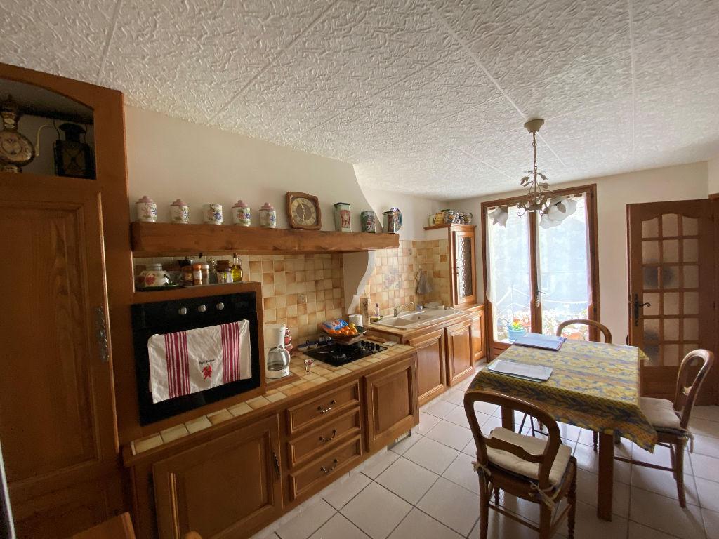 Sale house / villa Lespignan 147000€ - Picture 3