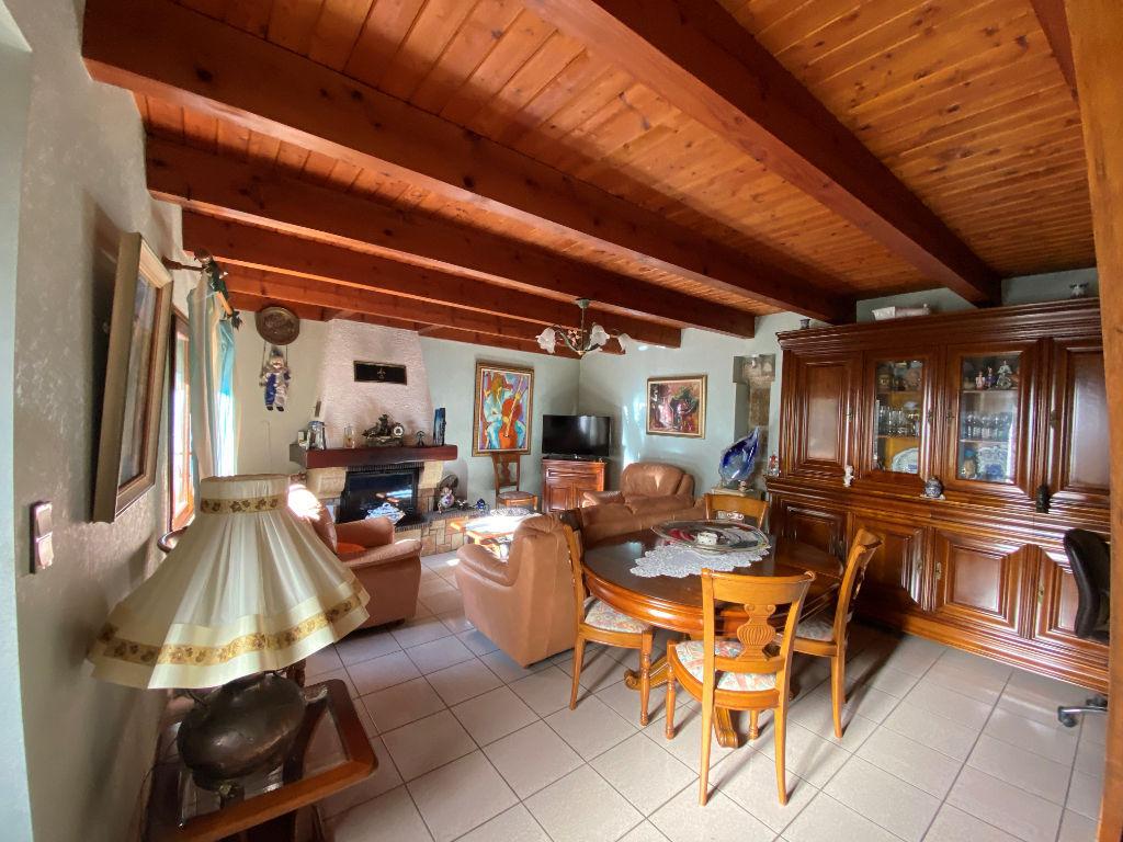 Sale house / villa Lespignan 147000€ - Picture 5