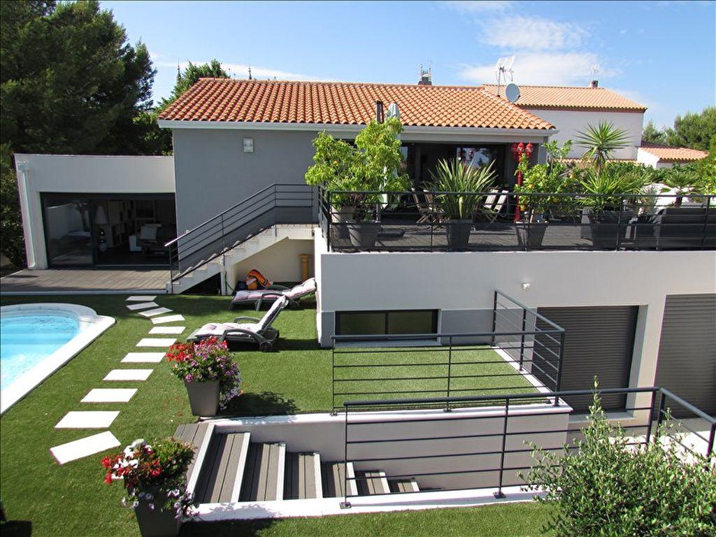 Sale house / villa Beziers 499000€ - Picture 1