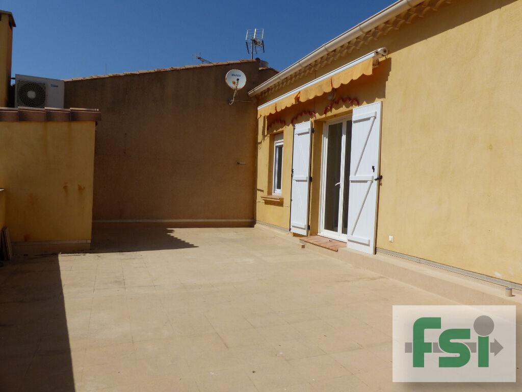 Sale apartment Valras plage 220000€ - Picture 1