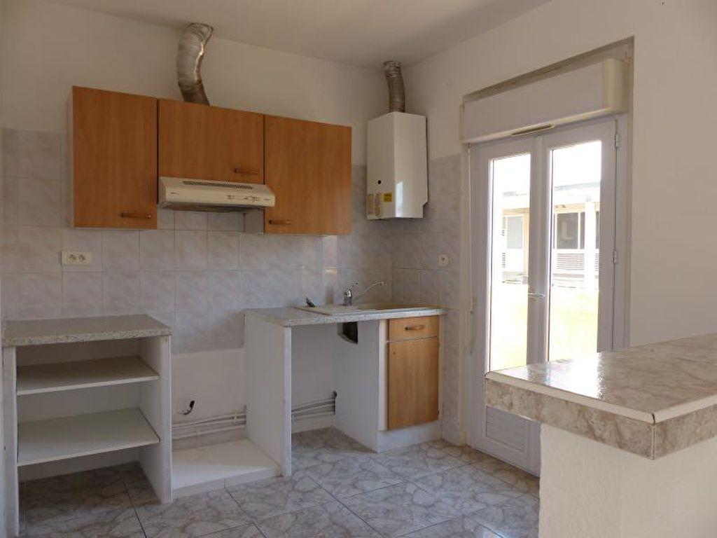 Sale apartment Valras plage 220000€ - Picture 4