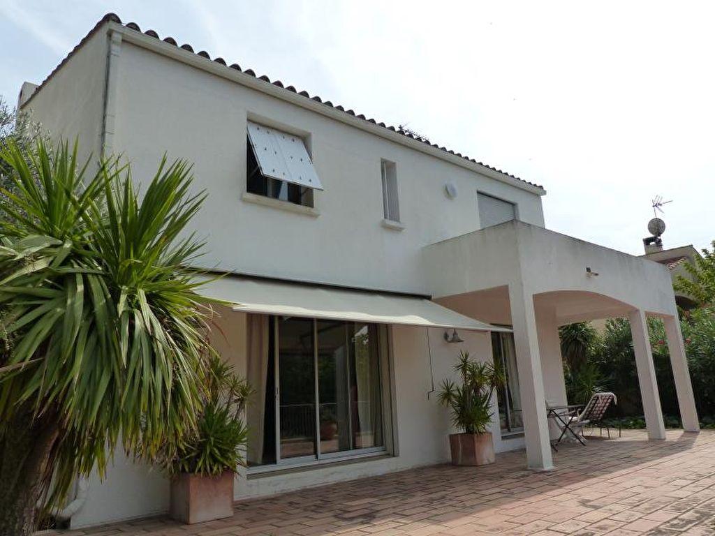 Sale house / villa Beziers 398000€ - Picture 1