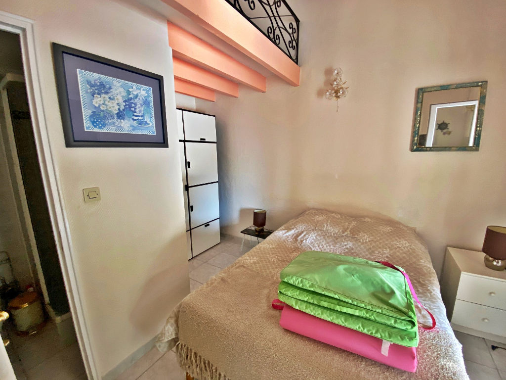 Sale house / villa Lespignan 372750€ - Picture 10