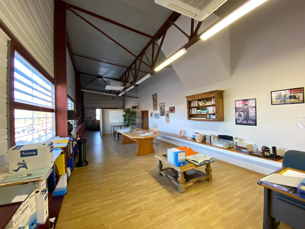 Rental office Beziers 800€ HC - Picture 1