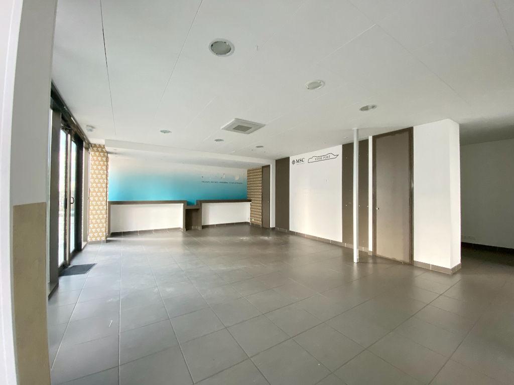 LOCAL COMMERCIAL BÉZIERS - 152.70 m2