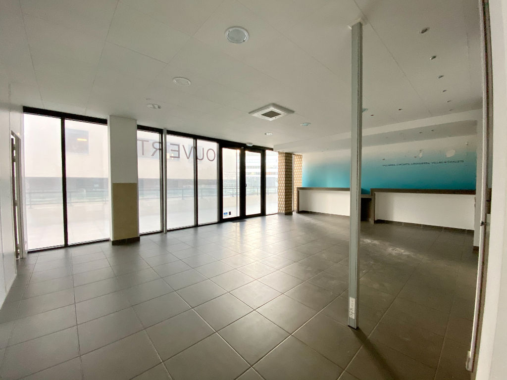 Rental empty room/storage Beziers 1900€ HC - Picture 2