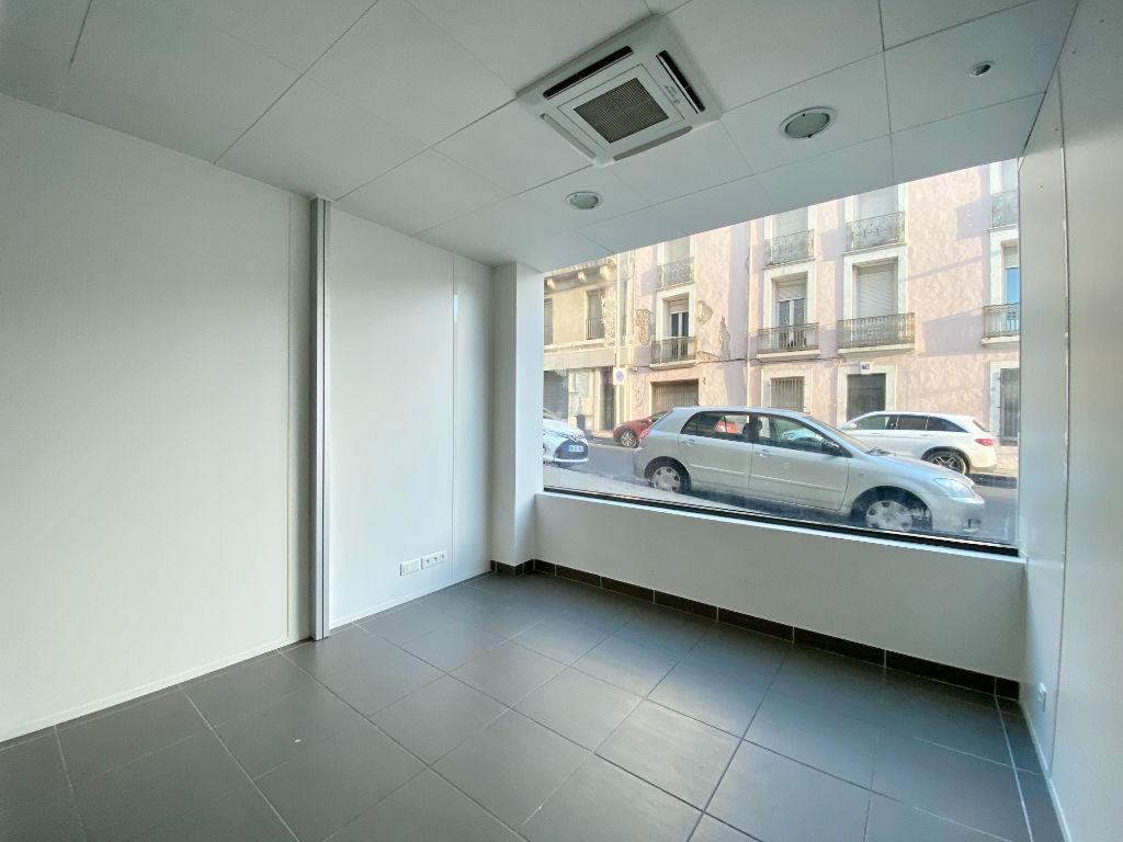 Rental empty room/storage Beziers 1900€ HC - Picture 5