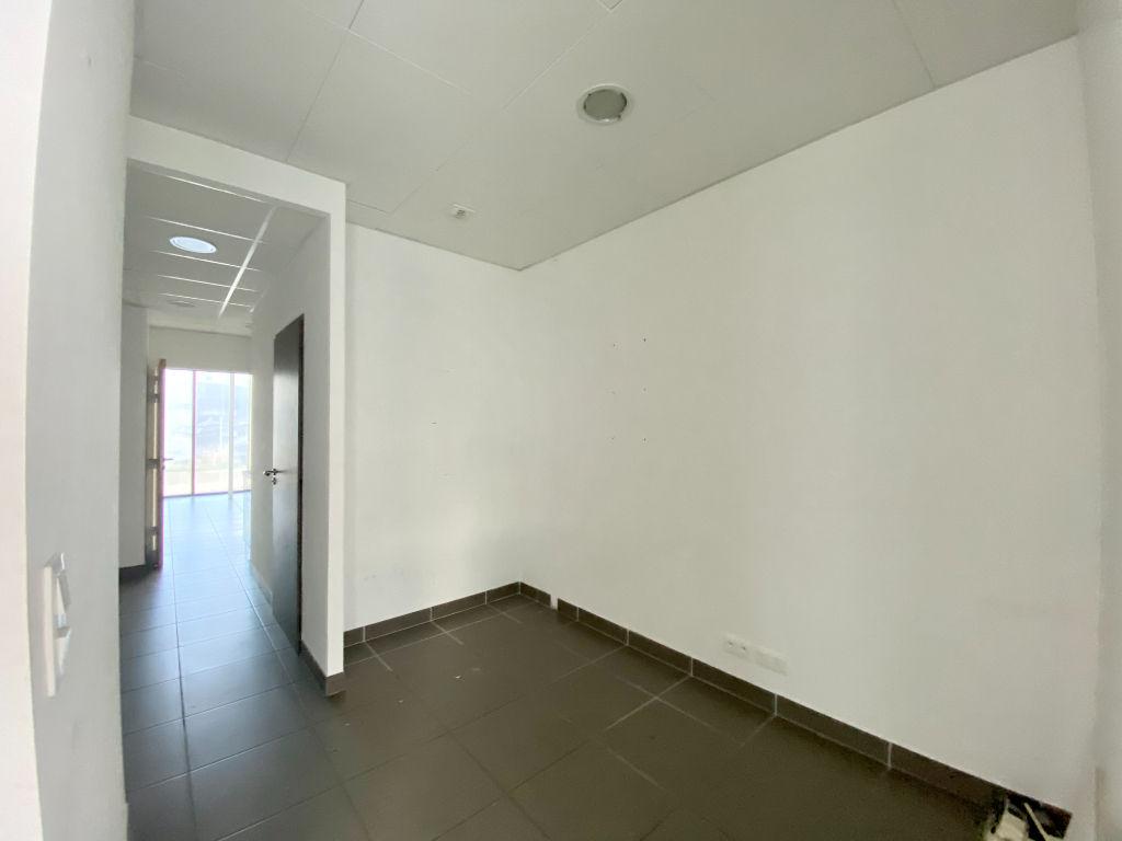 Rental empty room/storage Beziers 1900€ HC - Picture 8