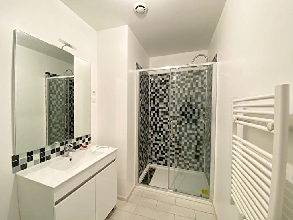 Alquiler  apartamento Beziers 590€ CC - Fotografía 9