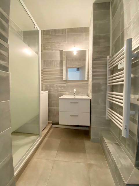 Rental apartment Beziers 420€ CC - Picture 4
