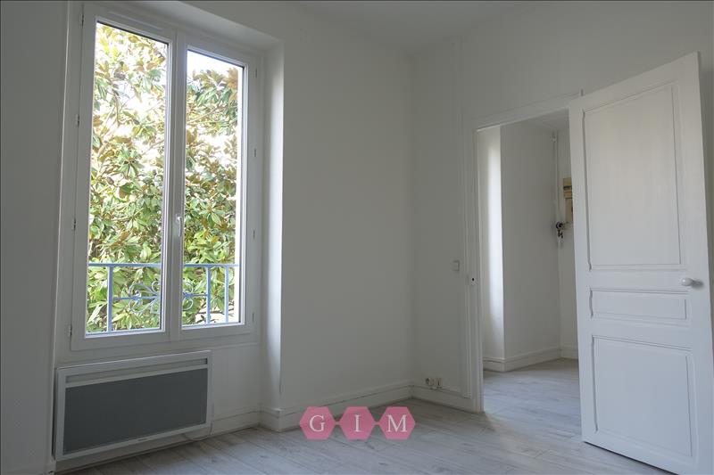 Rental apartment Parmain 629€ CC - Picture 2