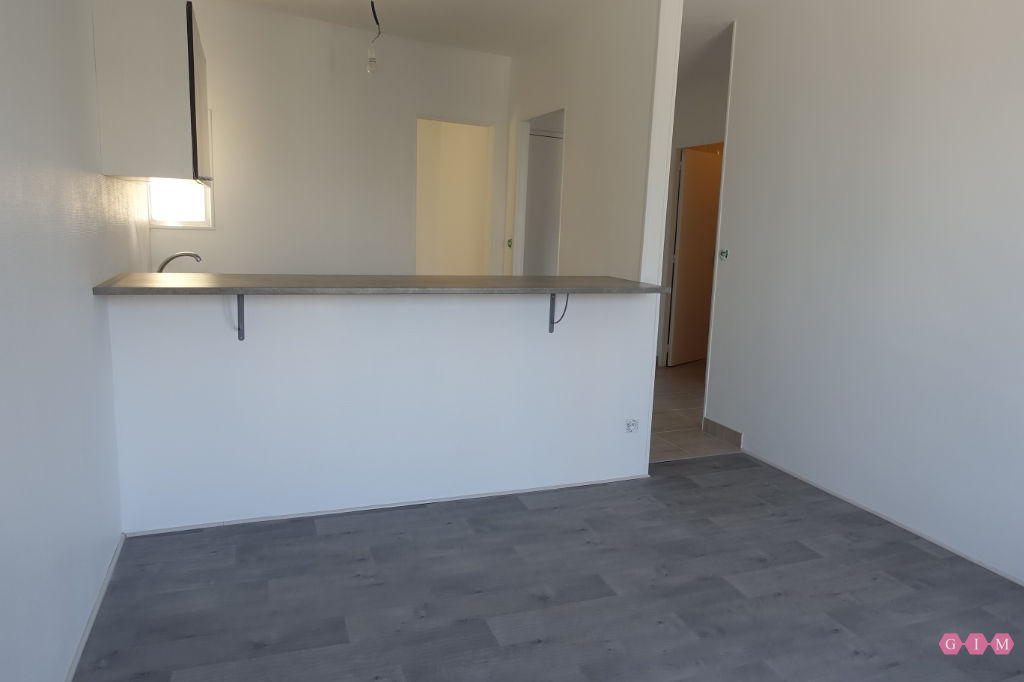 Location appartement Parmain 701€ CC - Photo 1