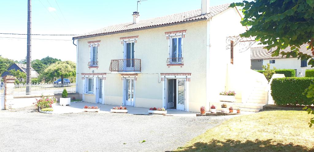 Sale house / villa Gencay 174900€ - Picture 3