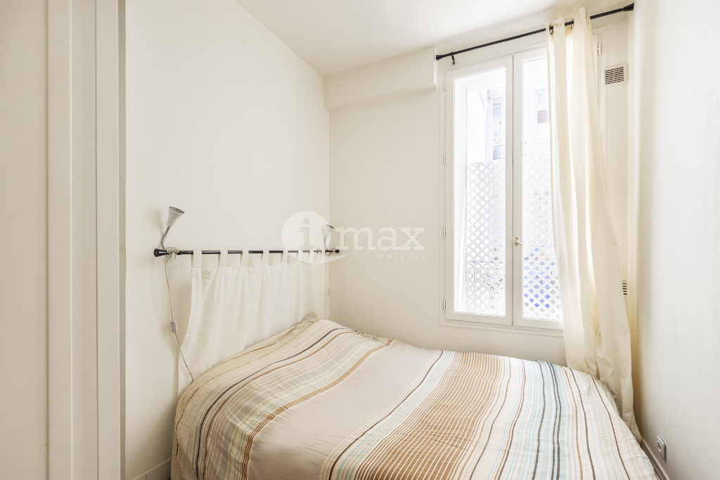 Sale apartment Levallois perret 245 000€ - Picture 2