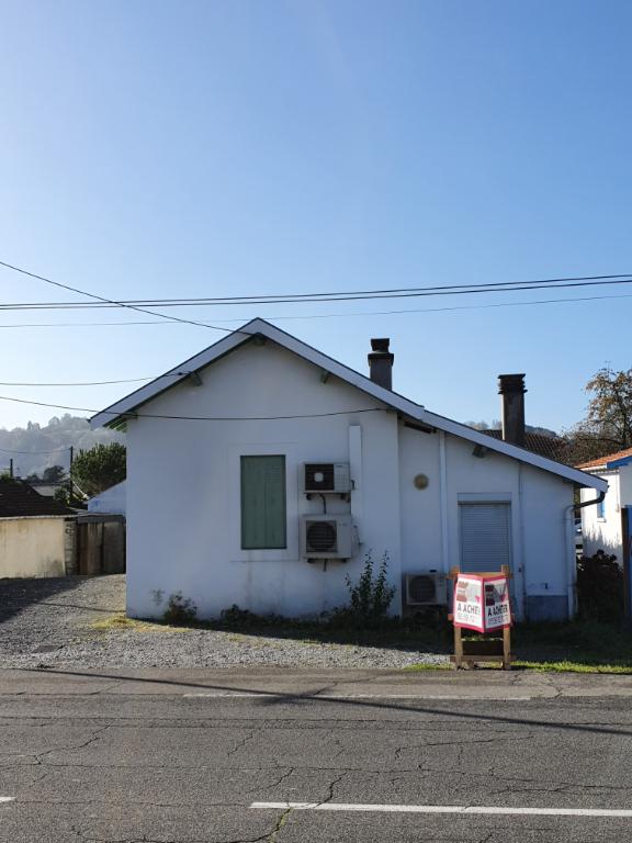 EXCLUSIVITE maison à usage d'habitation + terrain divisible rout
