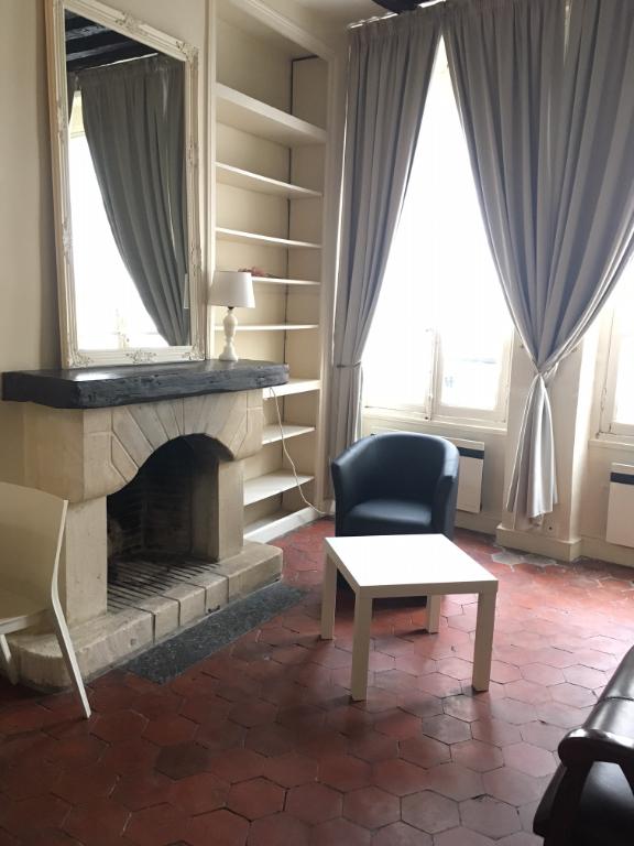 Studio - rue des Grands Augustins - 75006
