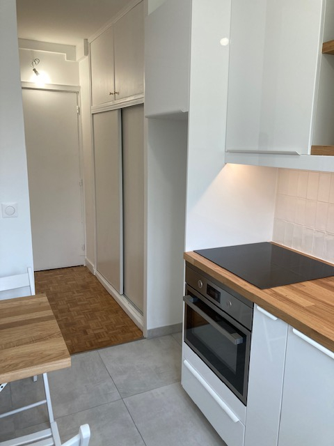 Location appartement Paris 15ème 1 800€ CC - Photo 6