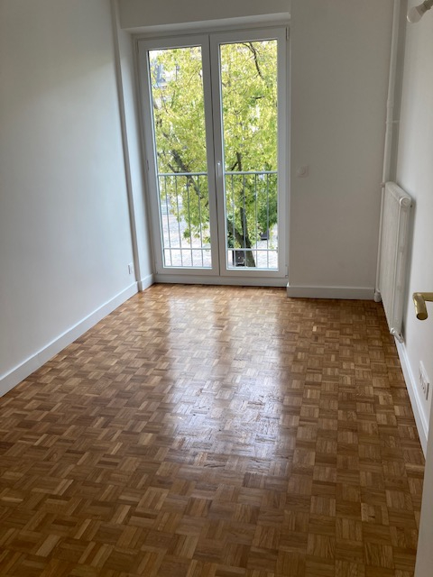 Location appartement Paris 15ème 1 800€ CC - Photo 11