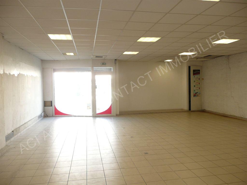 Location local commercial Mont de marsan 1500€ HC - Photo 2