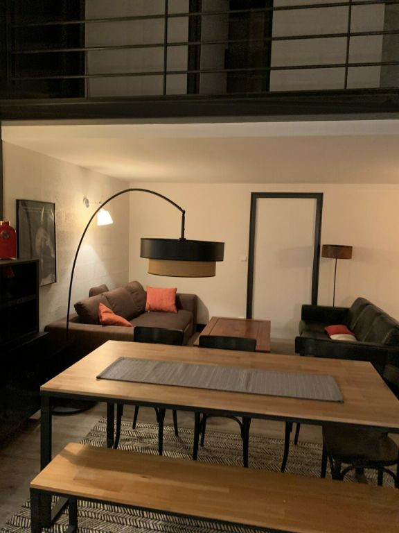 Location loft/atelier/surface Melun 1 075€ CC - Photo 3