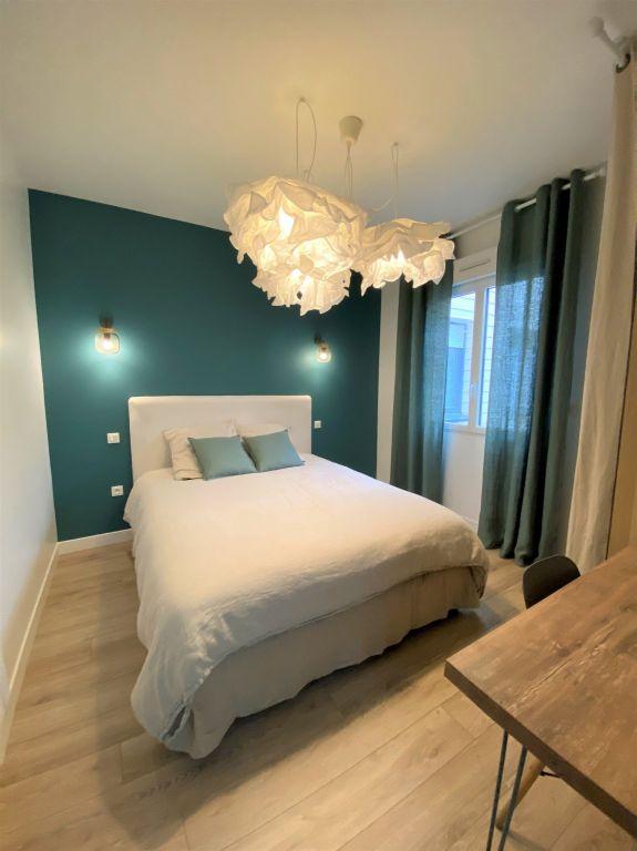 Sale apartment Reims 212000€ - Picture 1
