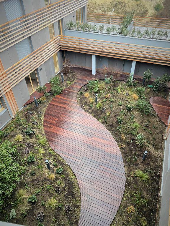 Sale apartment Paris 10ème 622783€ - Picture 1