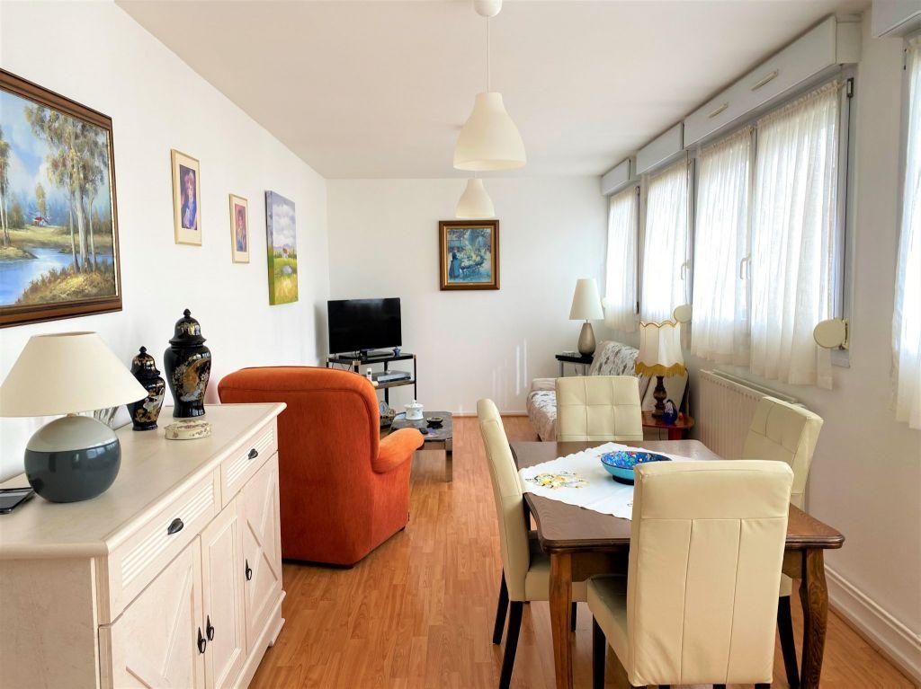 Sale apartment Reims 233200€ - Picture 1