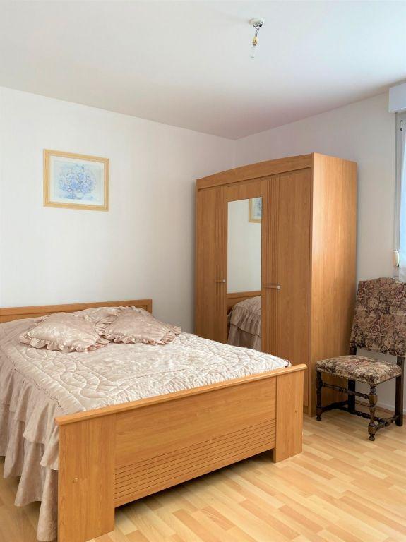 Sale apartment Reims 233200€ - Picture 2