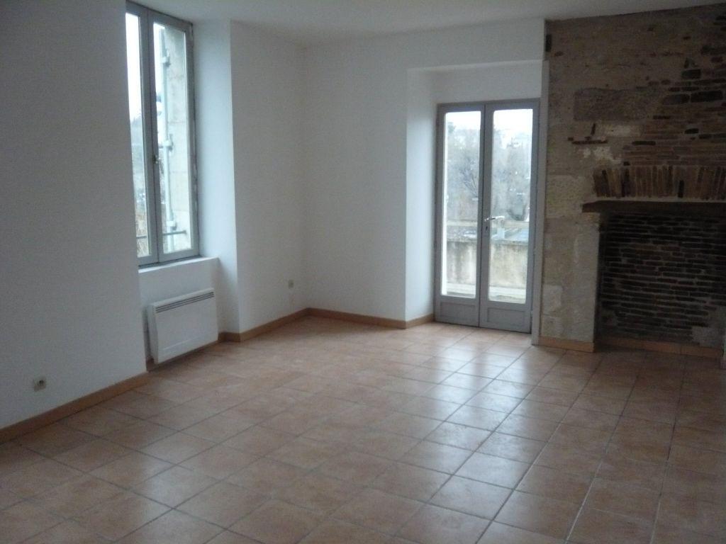 Rental apartment Perigueux 530€ CC - Picture 1