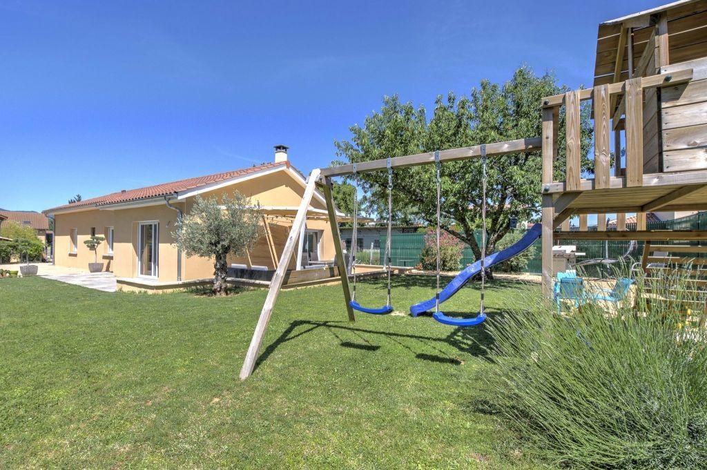 Vente maison / villa Liergues 379000€ - Photo 1
