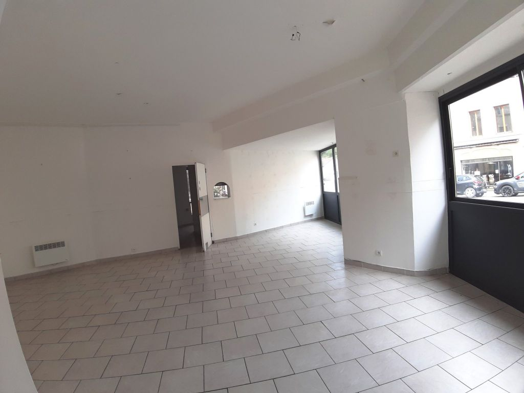 Rental empty room/storage Bourbon l archambault 600€ HC - Picture 2