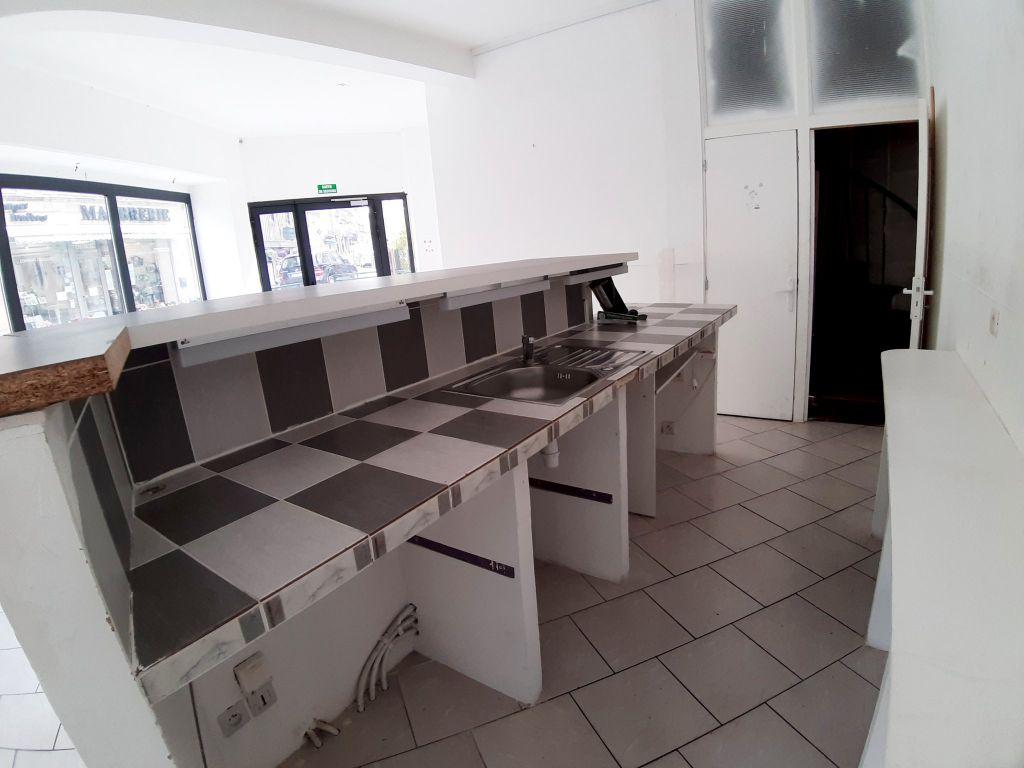 Rental empty room/storage Bourbon l archambault 600€ HC - Picture 5