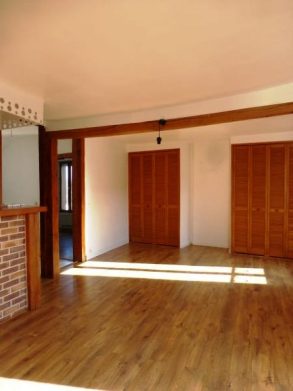 Appartement  crespieres - 3 pièce(s) - 75 m2 CRESPIERES - Photo 2