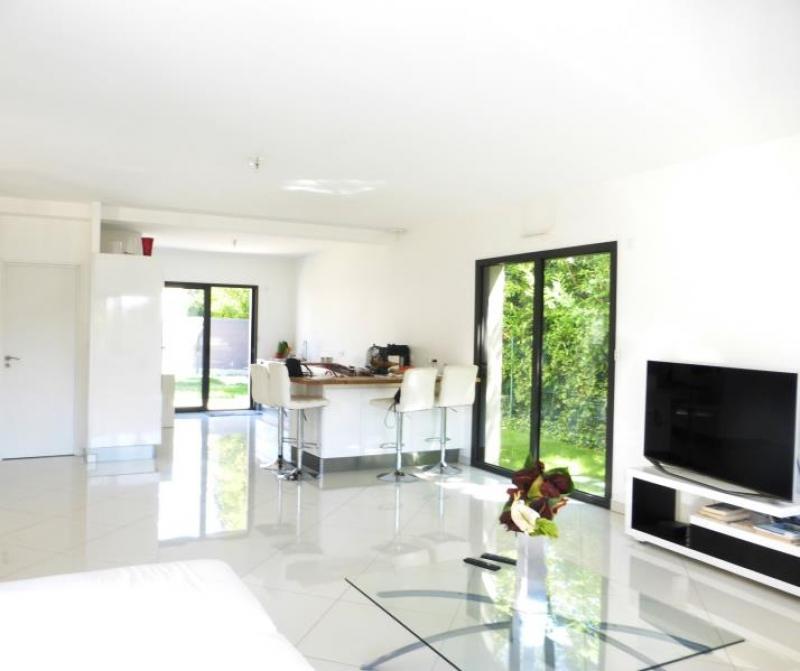 Maison / villa  crespieres - 5 pièce(s) - 140 m2 CRESPIERES - Photo 2