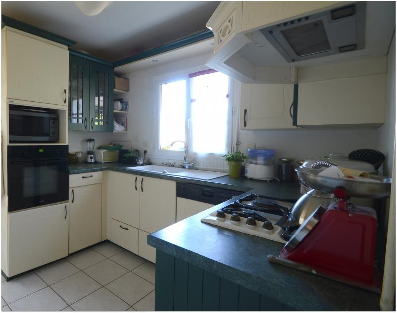 Sale house / villa La rochelle 285000€ - Picture 4