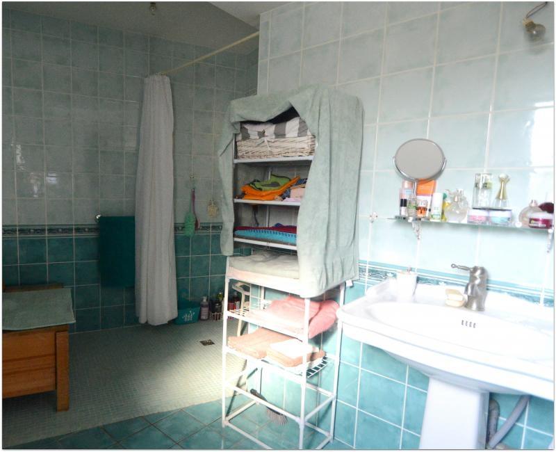 Sale house / villa La rochelle 285000€ - Picture 5